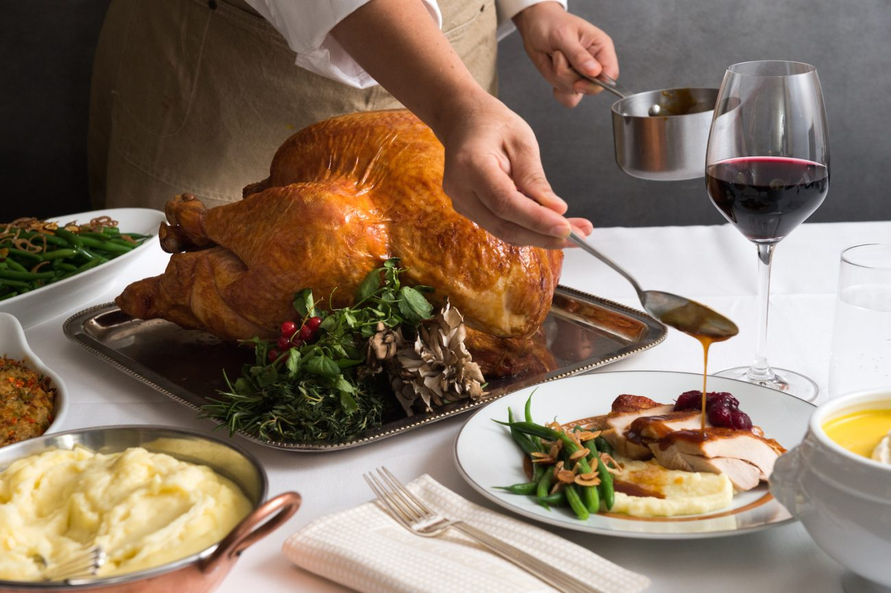 Thanksgiving Service: How To Keep Your Guests (and Staff!) Happy on Turkey Day
