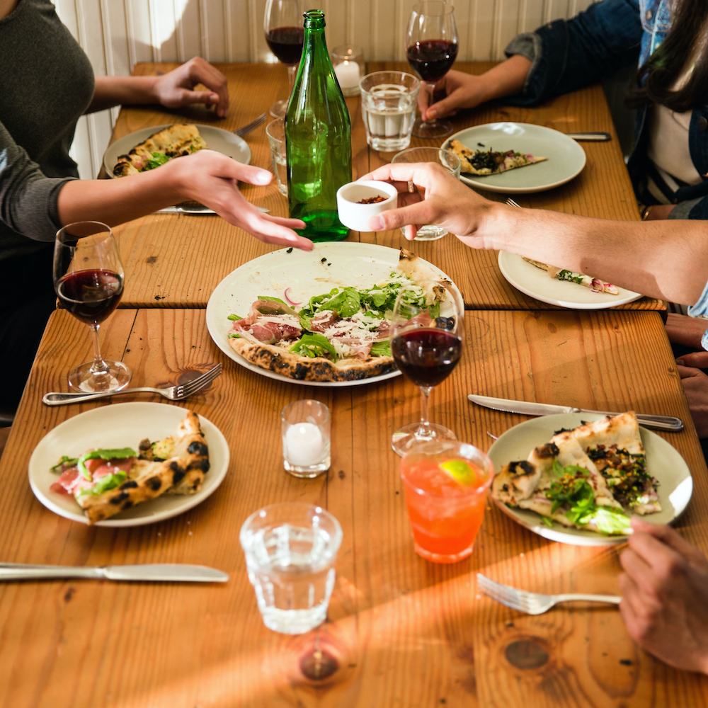 A crash course in social media for restaurants